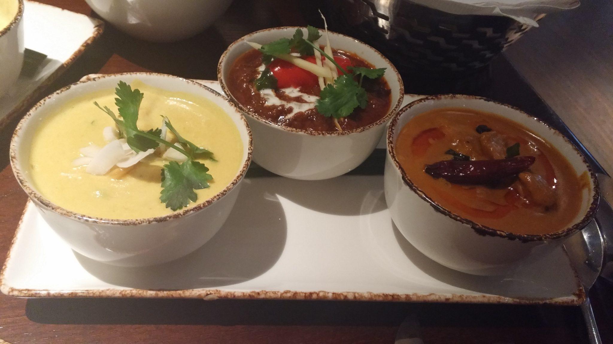 R>L: Boatman prawn curry, Duck vindaloo, Kodi curry,