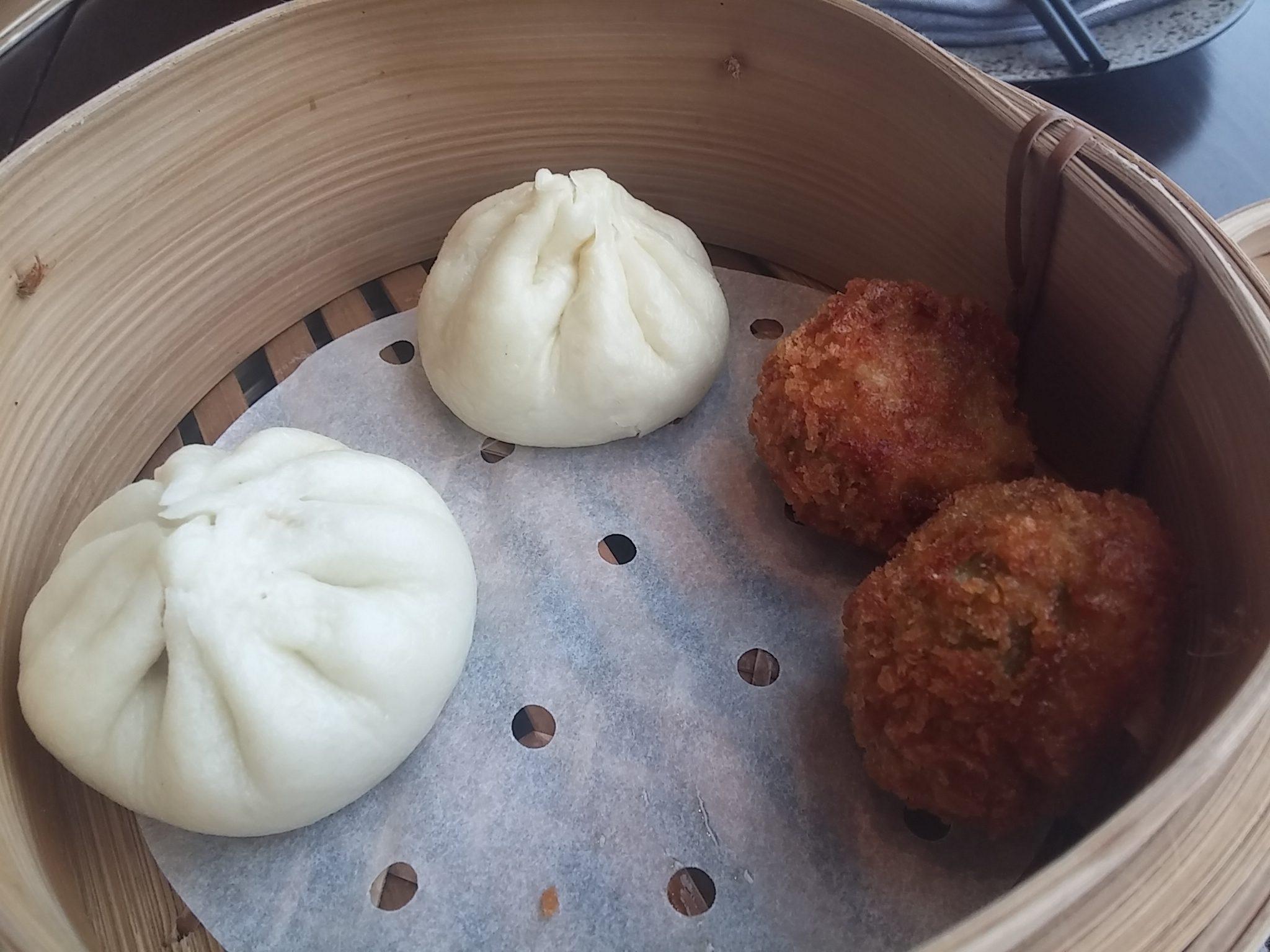 Prawn and tofu ball
