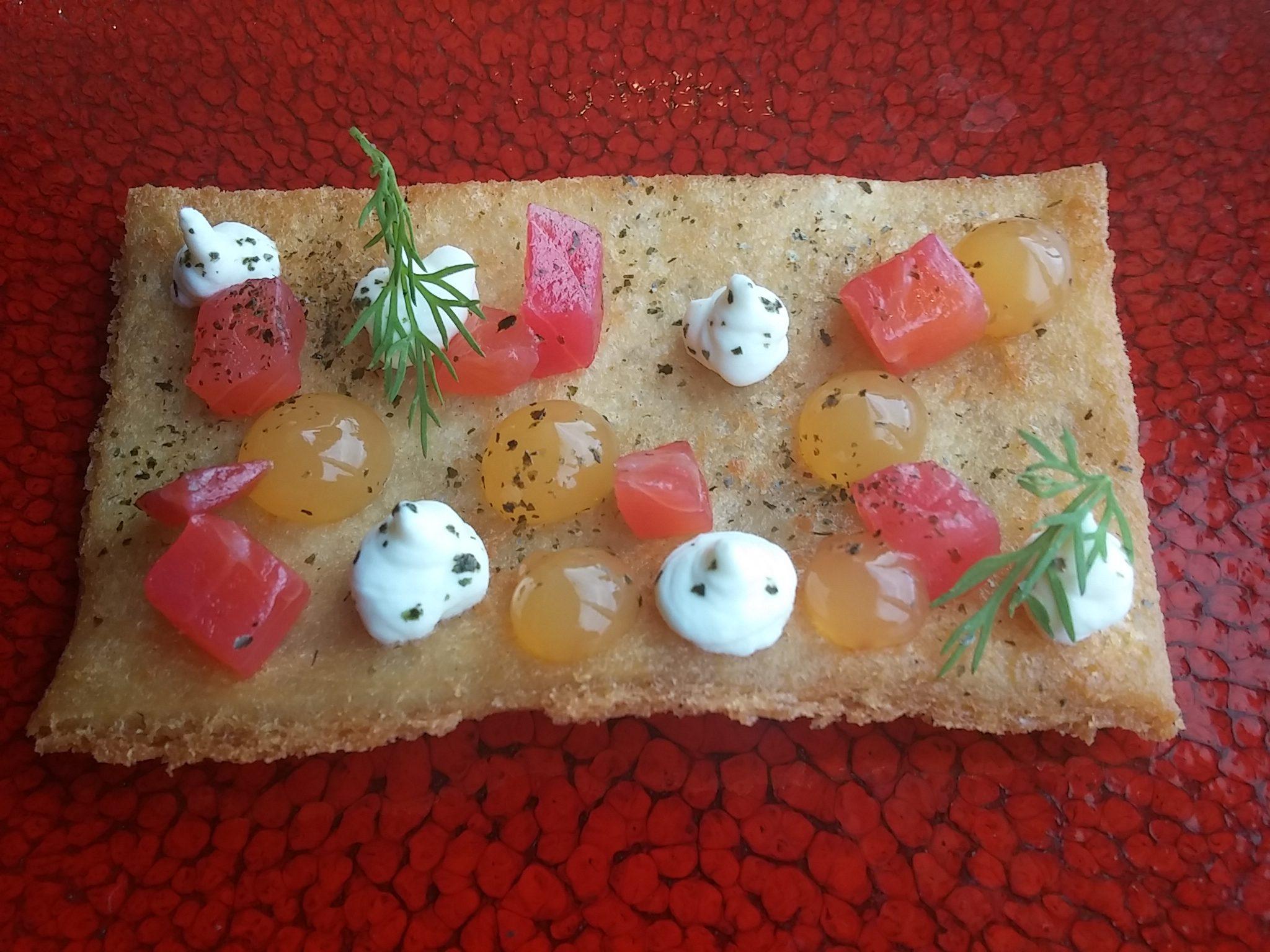 Crisp cracker, beetroot cured salmon, grapefruit gel