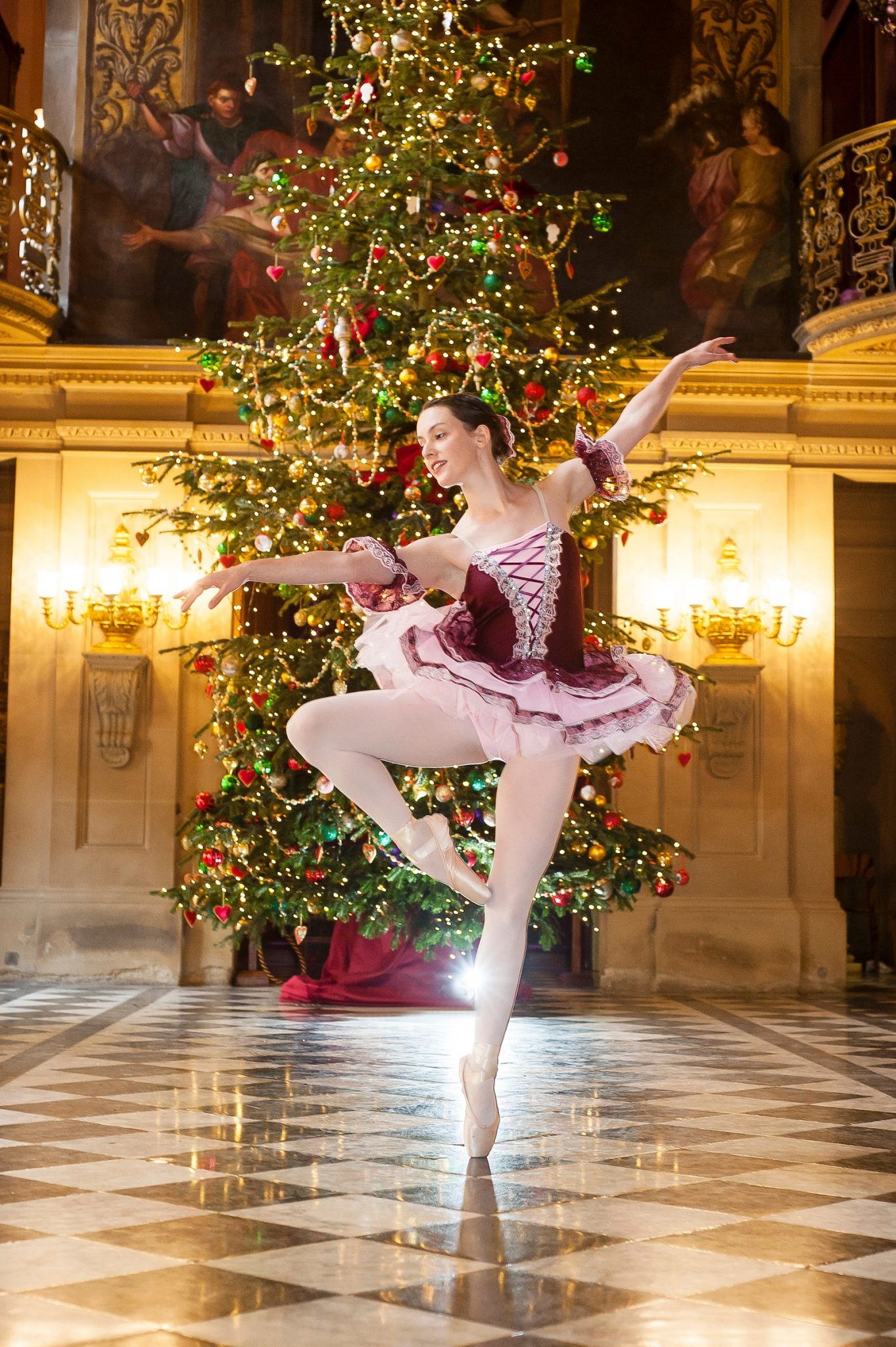 Ballerinas En Pointe with The Nutcracker at Chatsworth