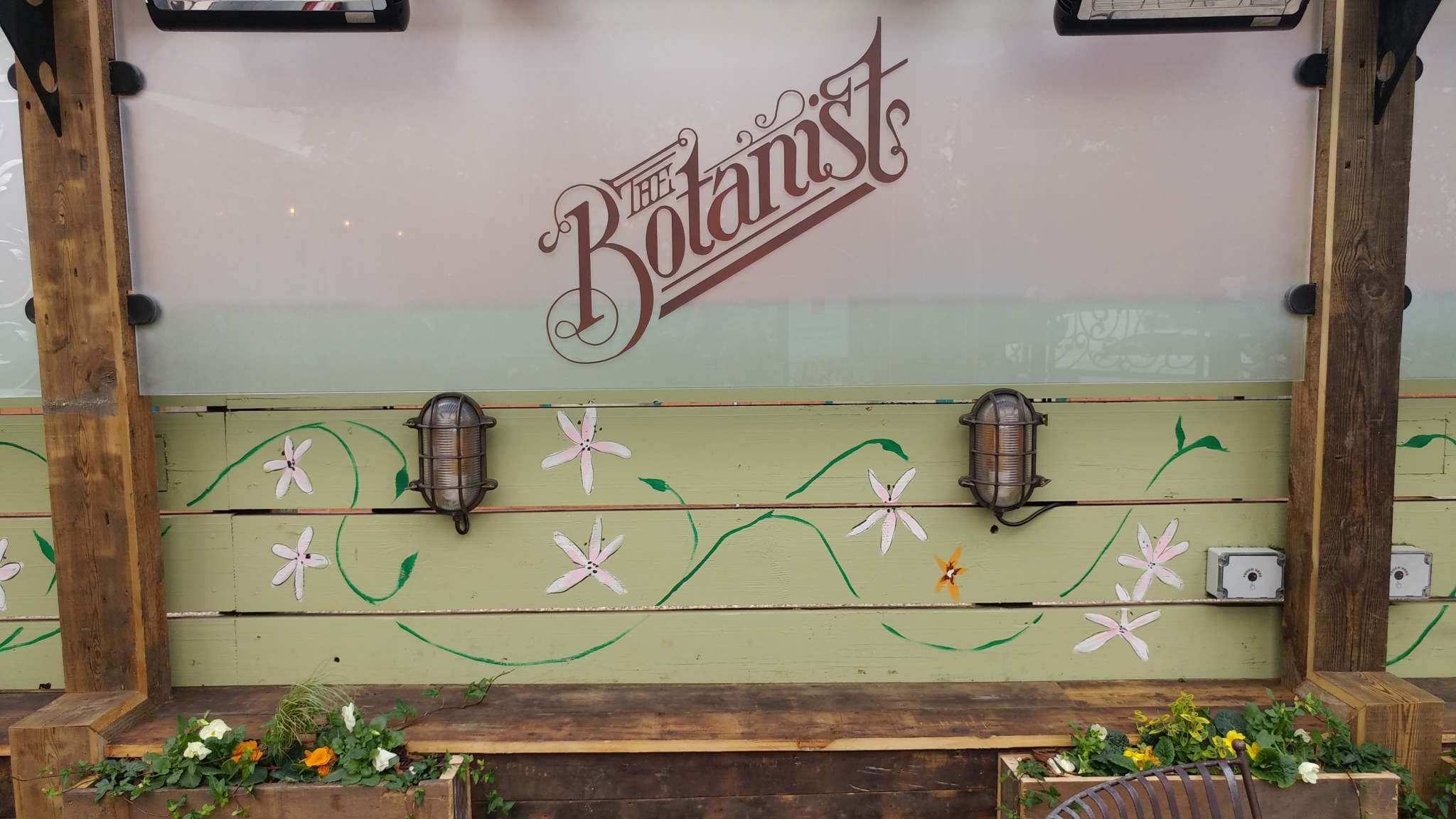 BUSINESS BLOOMS FOR THE BOTANIST IN WEST BRIDGFORD, NOTTINGHAM