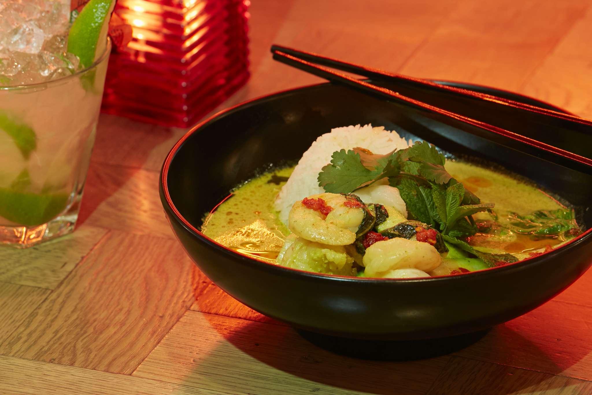 southern-thai-king-prawn-curry