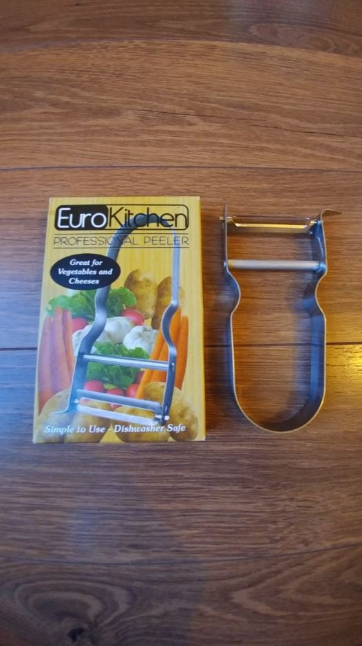 MAKE YOUR LIFE EASIER IN THE KITCHEN