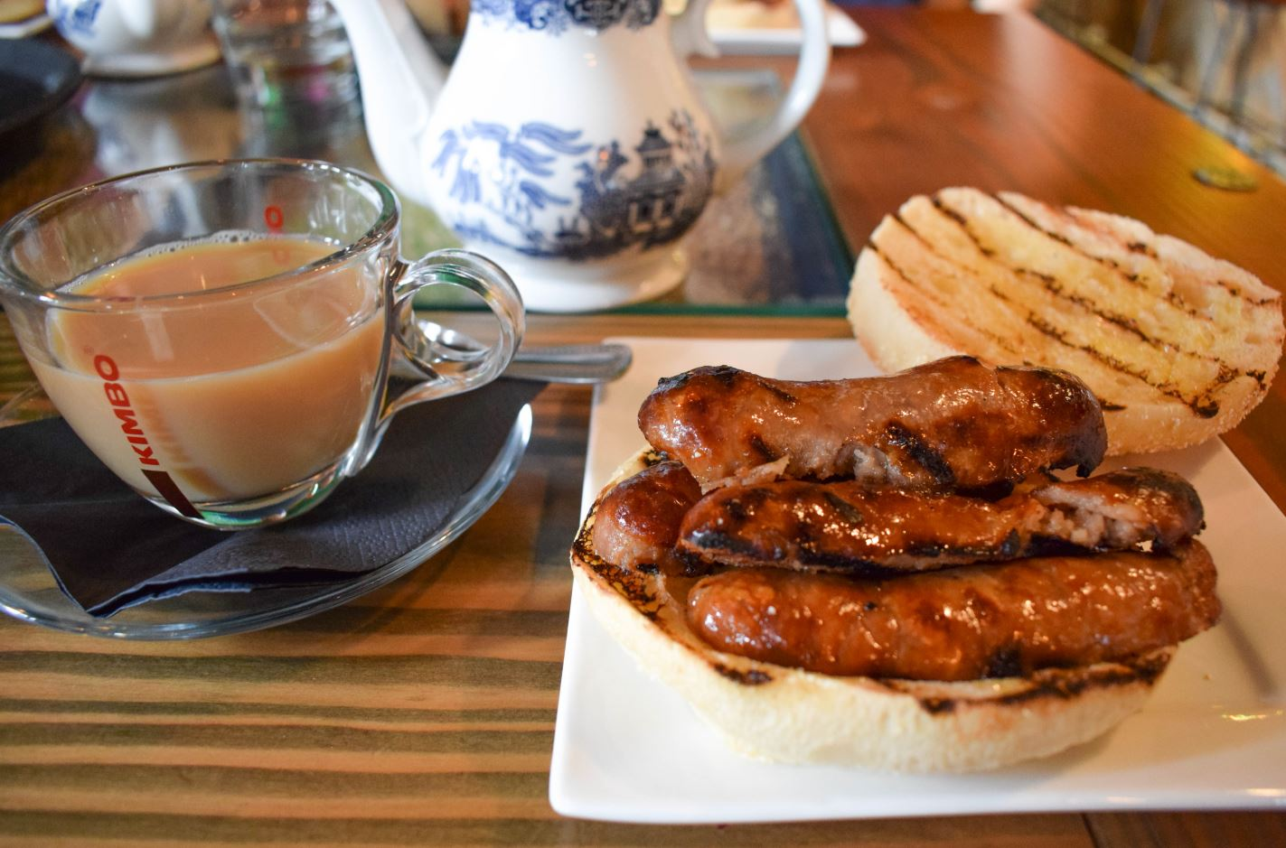 elevenses-sausage-butty-tea