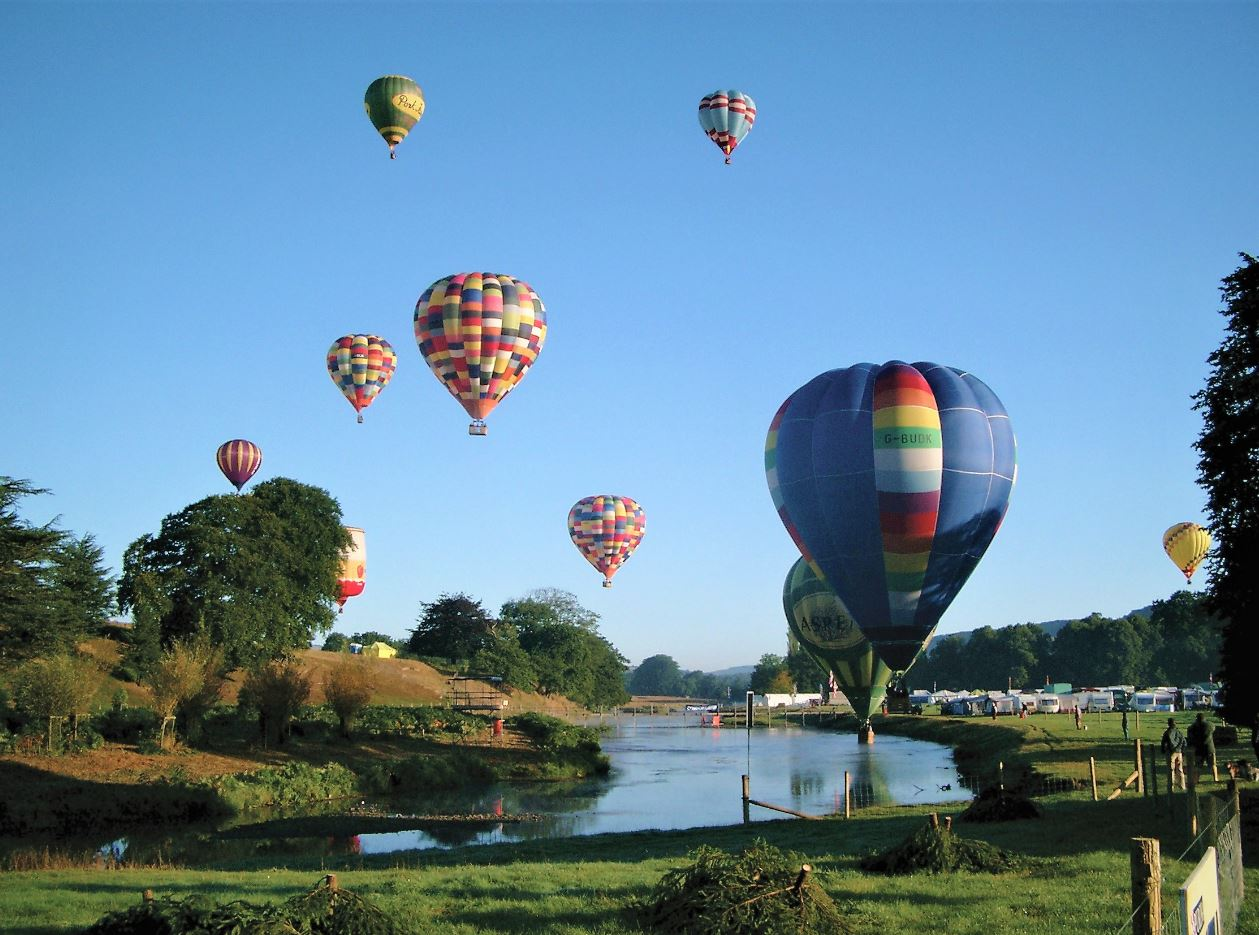 chatsworth_hot-air-balloons