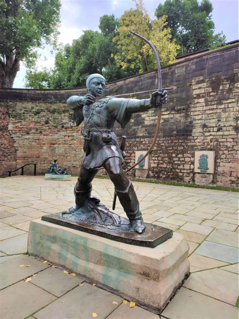 Statue of Robin Hood on the grounds of Nottingham Castle